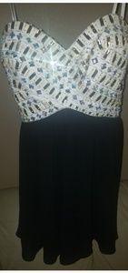 B. Smart Dresses - 💥Homecoming Prom Dreas Strapless sz 3💥